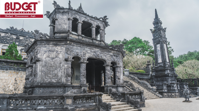 Hue_Tour_A_Day_From_Chan_May_Port_With_Vietnam_Budget_Car_Rental_1