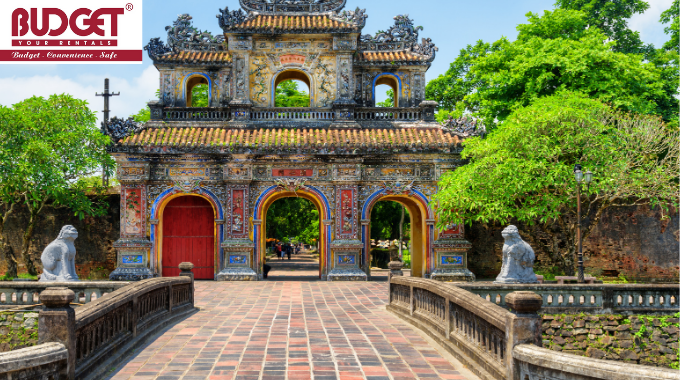 Private_Car_Transfers_From_Chan_May_Port_To_Hue_Excursion_Tour_2