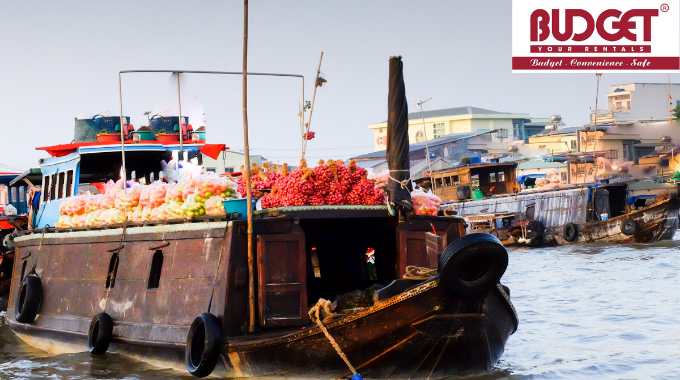 Private_Car_Transfers_Ho_Chi_Minh_To_Cai_Be_Floating_Market_Vinh_Long_1