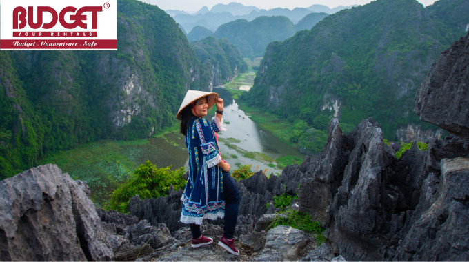 Private_Taxi_From_Halong_Bay_Transfers_To_Ninh_Binh_1