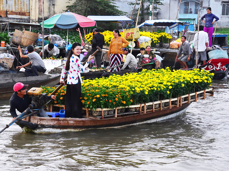 Private Car Transfers From Ho Chi Minh To Chau Doc Vietnam