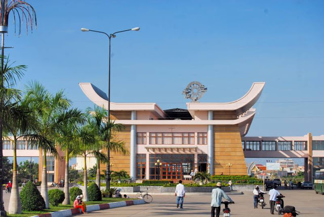 Transport From Ho Chi Minh City To Moc Bai Border