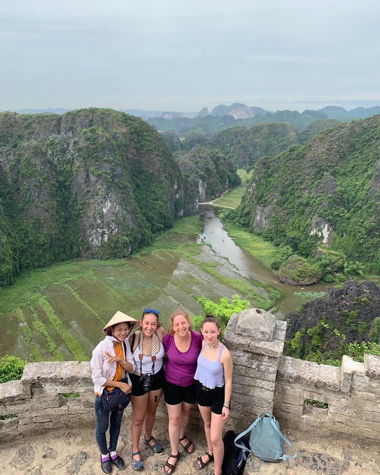 How Much For Private Taxi Transfers From Sapa To Ninh Binh Vietnam?