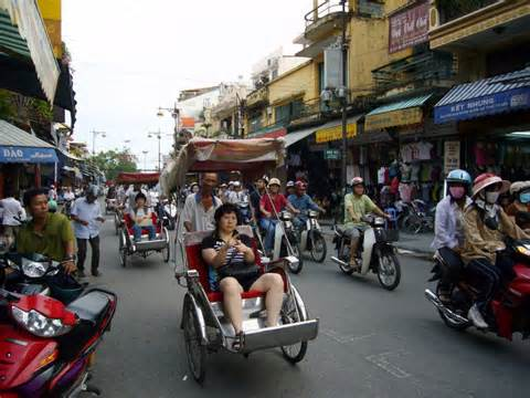 car rental in ho chi minh vietnam